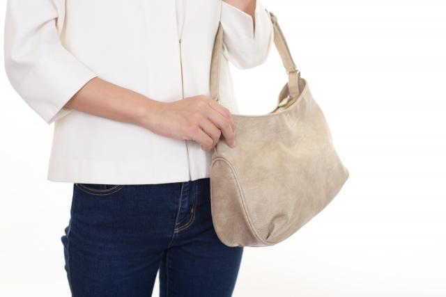 仕事用バッグの中を整理!バッグインバッグを活用しよう!