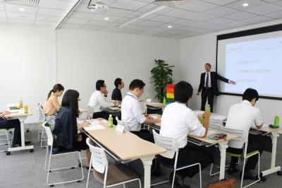 参加企業の約7割がLGBT当事者であることを面接で告白された経験がある?!