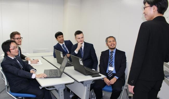 外国人ITエンジニア – 日本での活躍支援
