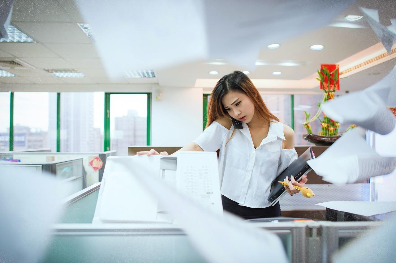 仕事を溜め込みやすい人の特徴