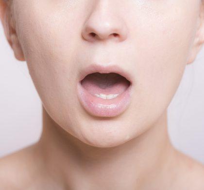 舌が荒れるのはストレスのせい?もしかしたら病気のサインかも