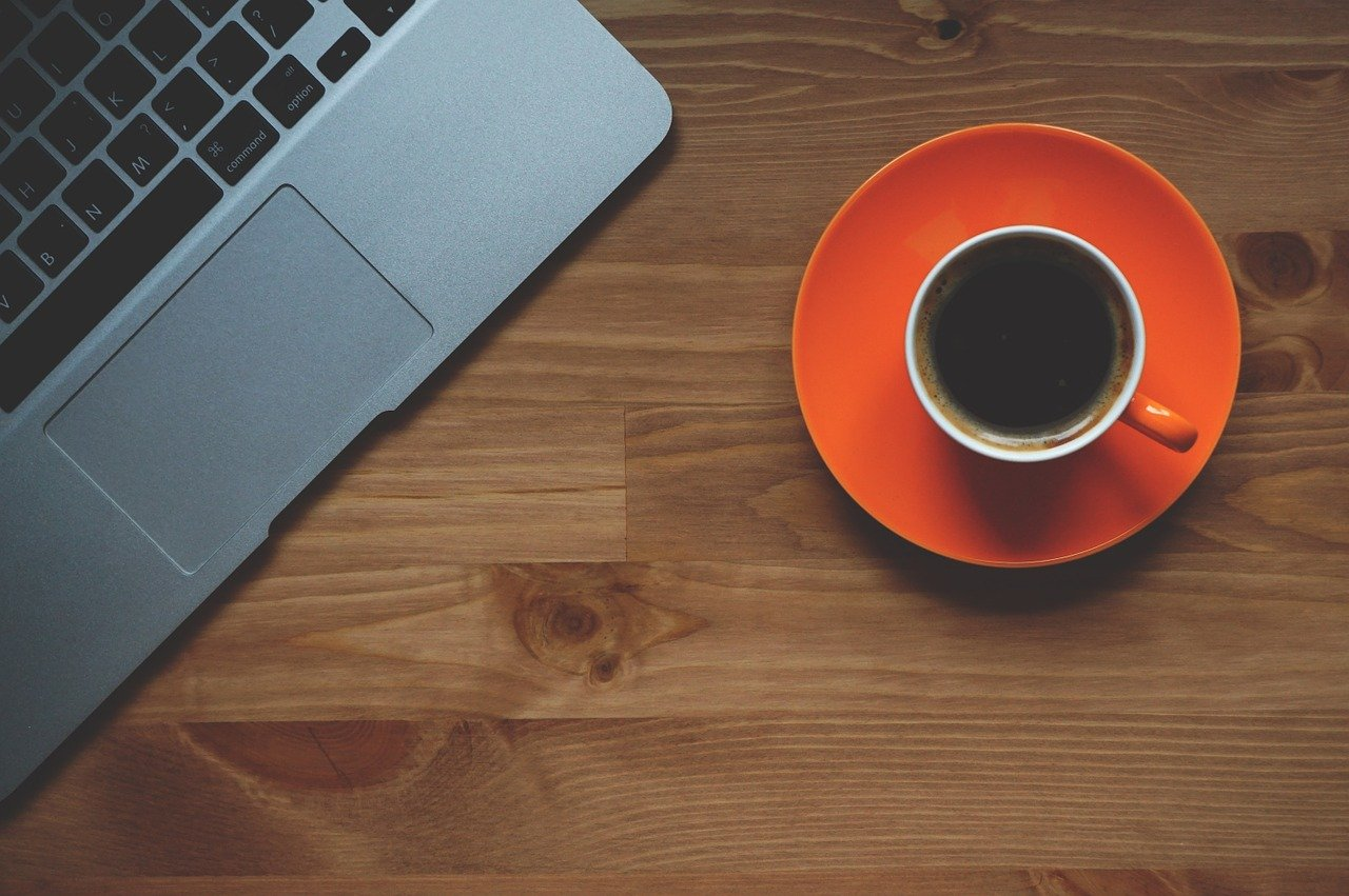 ランチタイム後の眠気に襲われない!カフェインナップ導入で作業効率UP
