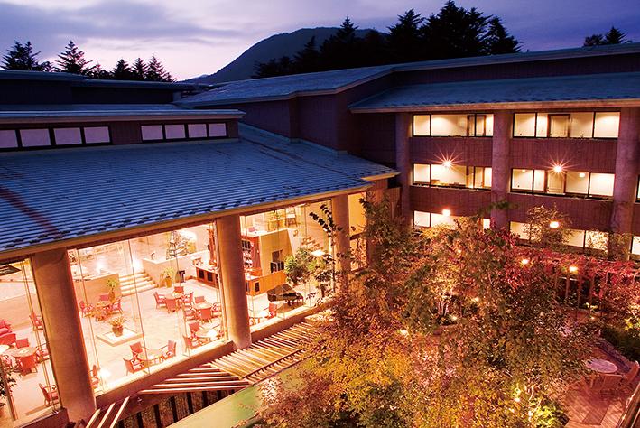 軽井沢でワーケーション。「ホテルサイプレス軽井沢」、コワーキングスペース新設